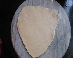 How To Make Triangle Paratha